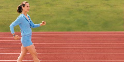 Grass, Human leg, Track and field athletics, Running, Athlete, Sports, Knee, Race track, Jogging, Thigh,
