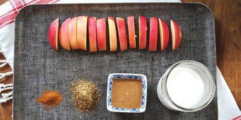 apple cinnamon flax smoothie