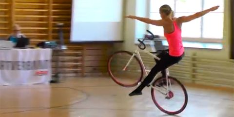 Nicole Frýbortová performing in an artistic bicycling competition
