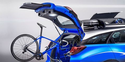 Honda Civic Tourer Active Life Concept: hatchback car with bike-specific storage