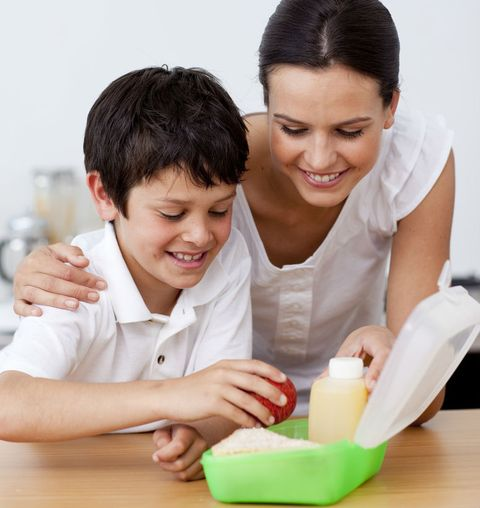 Healthy Eating 101: Snackable Tips for Busy Moms