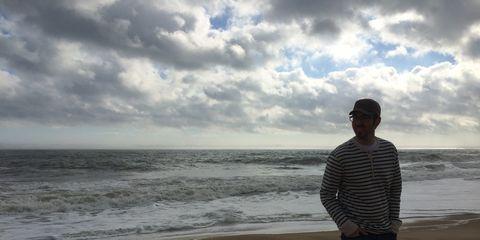 Coastal and oceanic landforms, Cloud, Ocean, Standing, Coast, Horizon, Shore, Beach, Sand, Sea,