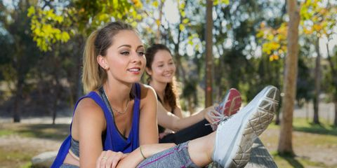 Comfort, Sitting, Leisure, Happy, People in nature, Elbow, Beauty, Knee, Thigh, Spring,