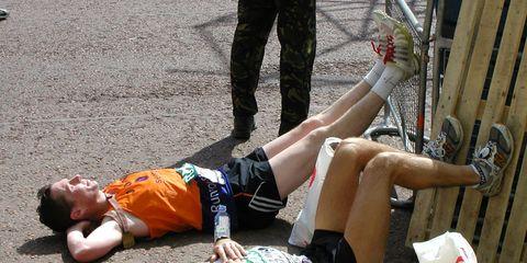 Leg, Human leg, Human body, Shoe, Knee, Thigh, Calf, Foot, Ankle, Abdomen,