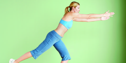 Finger, Human leg, Shoulder, Elbow, Wrist, Flooring, Joint, Waist, Standing, Floor,