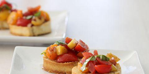 tomato mango bruschetta