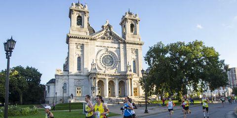 Clothing, Recreation, Endurance sports, Street light, Running, Athletic shoe, Outdoor recreation, Athlete, Shorts, Racing,