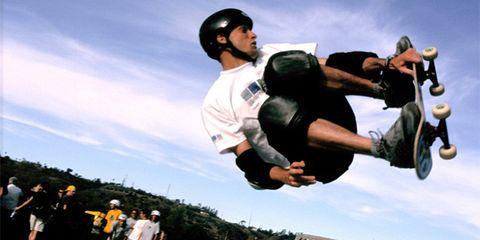Cool, Knee, Stunt, Stunt performer, Street sports, Street stunts, Sneakers, Jumping, Rolling, Skateboard deck,