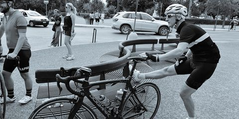 Footwear, Tire, Bicycle tire, Bicycle frame, Wheel, Bicycle wheel, Leg, Bicycle wheel rim, Bicycle handlebar, Bicycle part,