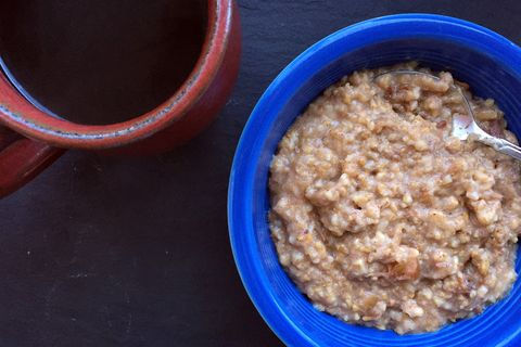 Slow-Cooker Apple-Cinnamon Oatmeal