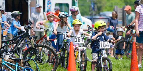 Seacoast Velo Kids: children on mountain bikes practicing bike skills