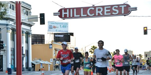 Recreation, Endurance sports, Athletic shoe, Sportswear, Active shorts, Shorts, Outdoor recreation, Running, Athlete, Competition event,