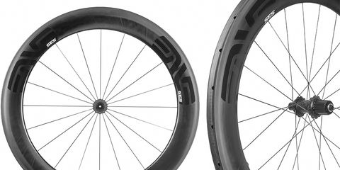 The SES 7.8 wheel set uses different rims front and rear to improve aerodynamics and stability