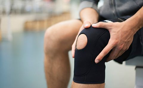 8 Natural Ways To Fight Knee Pain