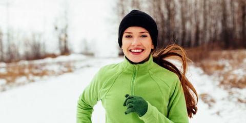 Winter, Sleeve, Facial expression, People in nature, Cap, Jacket, Snow, Sweatshirt, Long-sleeved t-shirt, Hood,