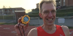 Steve Spence runs sub-5:00 mile for 40th consecutive year