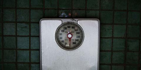Circle, Gas, Composite material, Number, Measuring instrument, Gauge, Silver, Symbol, Steel, Square,
