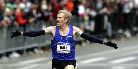 Ryan Hall wins the Olympic Trials in 2007