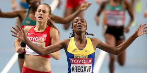 Abeba Aregawi wins the 1500 meters at the 2013 world championships