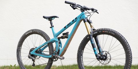 The 140/160mm travel 5.5c was made at the request of Yeti's enduro race team who found 29ers were faster on some tracks