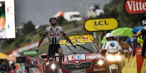 Domoulin wins stage 9 of tour de france