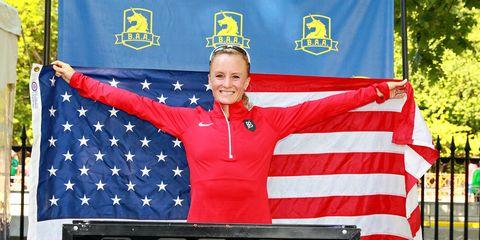 Shalane Flanagan sets 10K American record