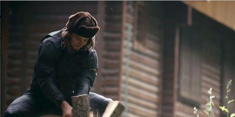 peter sagan splitting firewood
