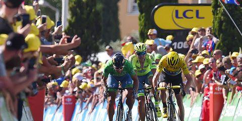 Sagan wins stage 11