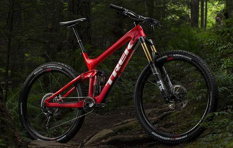 8888cd5510c The Trek Slash 29   Bicycling