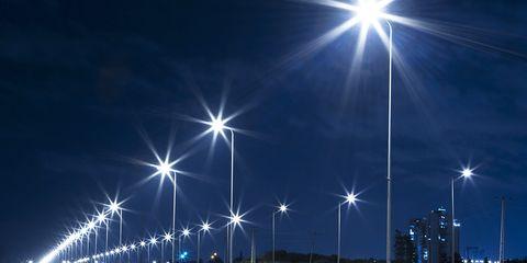 LED streetlights cause dangerous glares