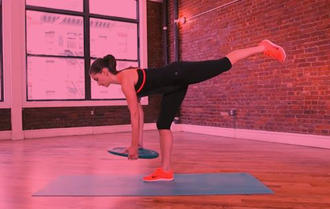10 Weight Plate Exercises That Tone Pretty Much Every Inch of Your Bod