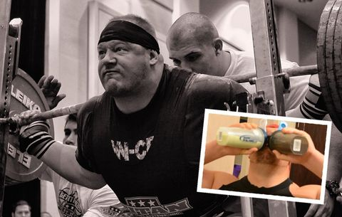 This Powerlifter Doesn't Chew His Food So He Can Consume 8,000 Calories a Day