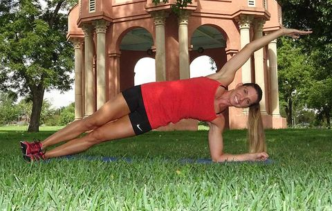 6 Ways To Make A Plank Work Your Abs Even More
