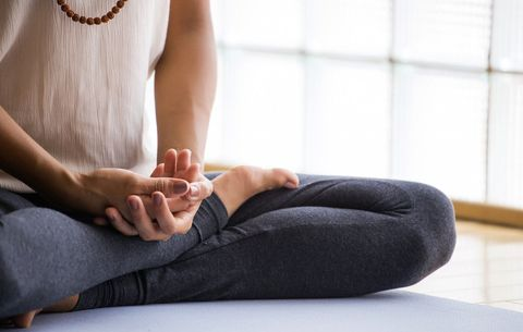 6 Things That Happened When I Tried Meditating Every Day For A Month