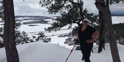Renae Batt skiing