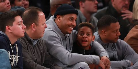 melo basketball with his son