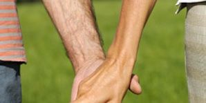 Finger, Green, Human leg, Photograph, Joint, Wrist, People in nature, Summer, Thumb, Interaction,