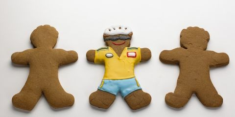 Finger food, Food, Dessert, Baked goods, Biscuit, Cookies and crackers, Cookie, Gingerbread, Symbol, Ingredient,