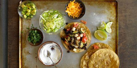 Food, Meal, Cuisine, Tableware, Dish, Leaf vegetable, Plate, Produce, Dishware, Recipe,
