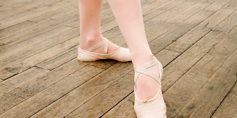 Brown, Wood, Skin, Pink, Flooring, Hardwood, Floor, Toe, Tan, Foot,