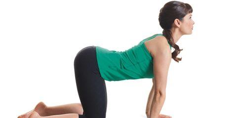 Finger, Human leg, Shoulder, Elbow, Wrist, Joint, Sitting, Exercise, Sportswear, Waist,