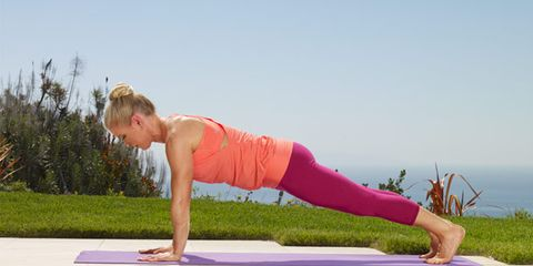 Shoulder, Human leg, Exercise, Elbow, Sportswear, Joint, Physical fitness, Active pants, yoga pant, Wrist,