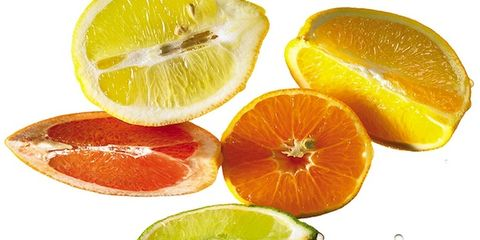Green, Citrus, Skin, Fruit, Orange, Natural foods, Sharing, Produce, Tangerine, Citric acid,