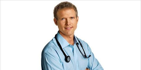 Collar, Dress shirt, Sleeve, Chin, Shoulder, Elbow, Shirt, Wrist, Stethoscope, Neck,