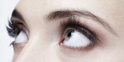 the eyebrow extension beauty trend