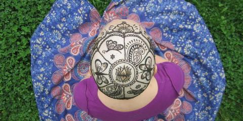 Headgear, Pattern, Circle, Dishware, Creative arts, Craft, Platter,