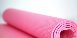 Textile, Pink, Magenta, Violet, Linens, Material property, Napkin, Peach, Thread, Home accessories,