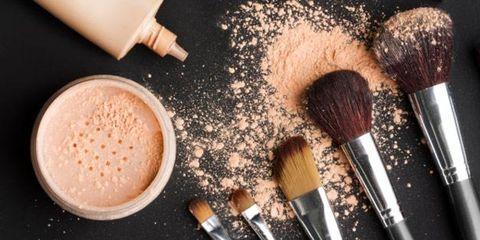Brush, Ingredient, Drink, Peach, Paint brush, Makeup brushes, Cosmetics, Coffee, Single-origin coffee, Coffee milk,