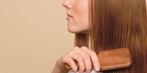 Lip, Hairstyle, Skin, Jaw, Eyelash, Wrist, Long hair, Brown hair, Tan, Hardwood,