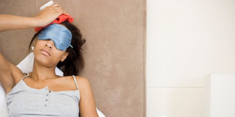 Shoulder, Sleeveless shirt, Hair accessory, Paper, Active tank, Paper product, Day dress, Baseball cap, Throat, Bracelet,
